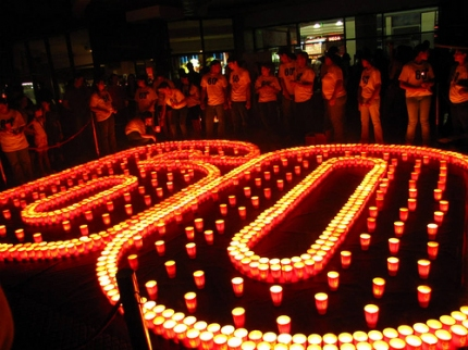 Earth_Hour_photo_candles